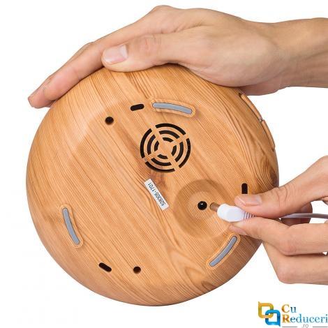 Umidificator de aer/Difuzor aromaterapie cu ultrasunete, 300ml, 7 efecte de lumina, cu telecomanda, lemn natur