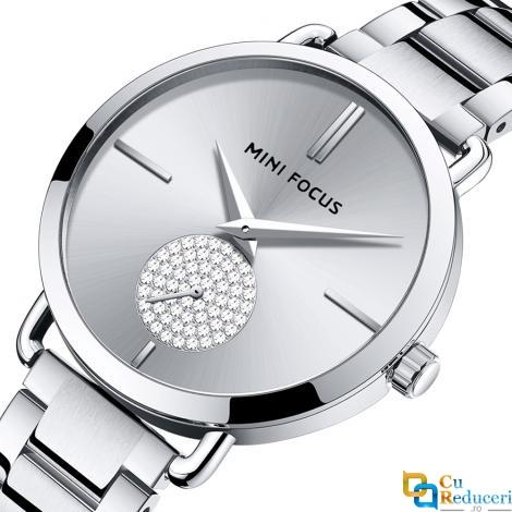 Ceas de dama Mini Focus argintiu, rezistent la apa 3Bar, mecanism Quartz, curea din otel inoxidabil, afisaj analogic, stil Fashion + cutie cadou